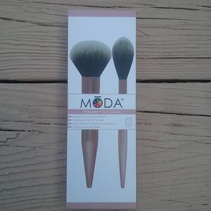 Moda Powder + Soft Glow Brush Set